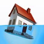 E�n op de drie huizen staat onder water